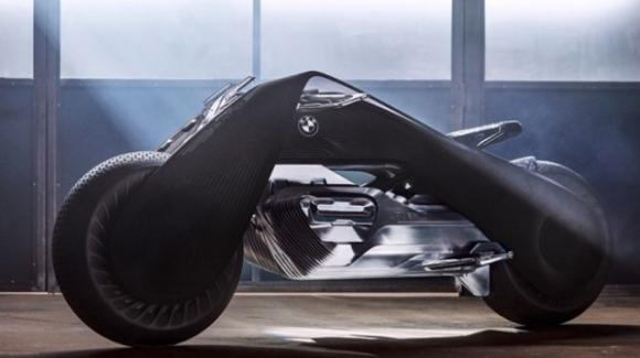 Arriva BMW Vision Next 100: The Great Escape, la moto con la quale non puoi cadere
