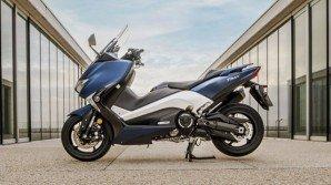 Yamaha e Vodafone presentano gli scooter sempre connessi TMAX