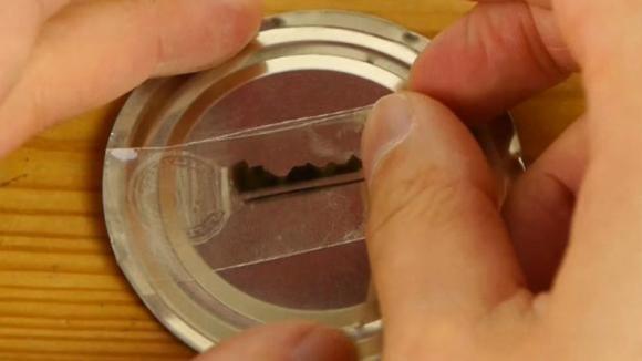 Mai Piu Senza Chiavi Di Scorta Ecco Una Tecnica Geniale Per Realizzare Dei Duplicati