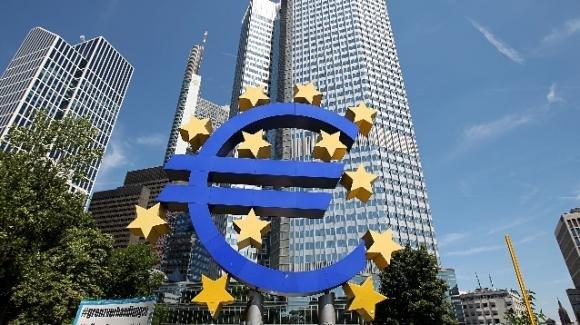 """Aiuti BCE per Stati ed imprese, la verità shock: """"Finanziano solo multinazionali"""""""