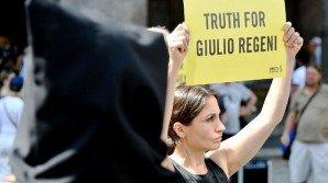 Giulio Regeni, in un video l'incontro con l'uomo che lo denunciò