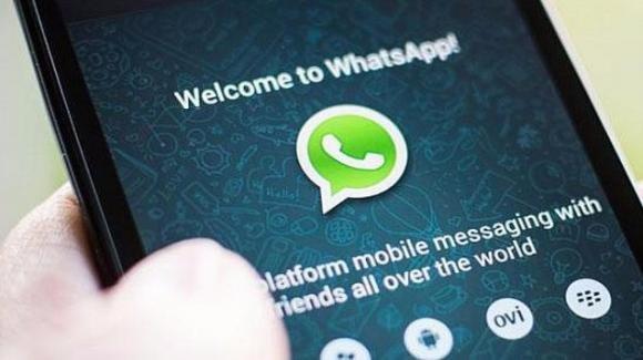 """WhatsApp: riecco i vecchi Stati, arrivano """"Click to Chat"""" e """"For Business"""""""