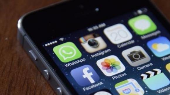 Facebook: novità per ordinare cibo, trovare Wi-Fi, e notifiche integrate