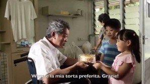 Il video che sta commuovendo il web: generosità senza fine