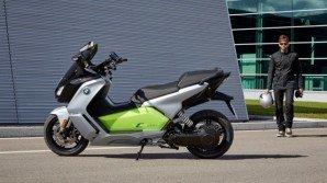 BMW C evolution, lo scooter 100% green arriva negli USA, con più potenza e autonomia