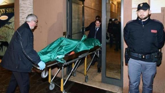 Modena: fermati 4 minorenni, accusati dell'omicidio di un 20enne rinvenuto in una valigia
