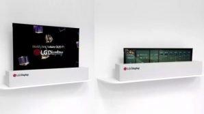 Al CES 2018 il primo maxi TV OLED 4K che si arrotola, scomparendo nella base