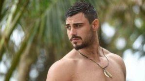 L'Isola dei Famosi, Francesco Monte nei guai: il Moige denuncia il possesso di marijuana all'ambasciata dell'Honduras