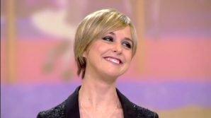 """Le Iene, ritorna Nadia Toffa e confessa: """"Ho avuto un cancro"""""""
