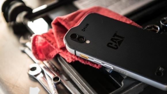 Cat S61, al MWC 2018 il nuovo top gamma rugged con termocamera ed Android Oreo