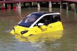City car Fomm: l'auto elettrica che funziona su strada e in acqua