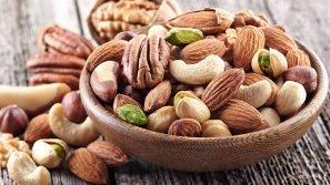 Frutta secca contro l'obesità: i benefici di pistacchi, noci e mandorle