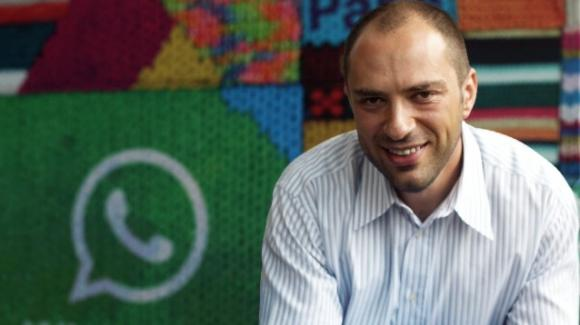 WhatsApp: Jan Koum lascia la casa madre Facebook