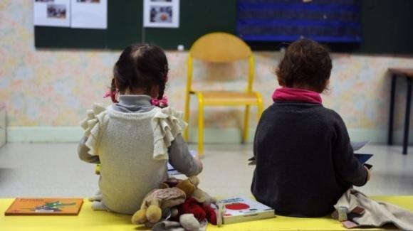 Parma, arrestate due maestre per violenze sui bambini di una scuola materna