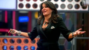 Aida Nizar costretta in un angolo durante la diretta del Grande Fratello 15