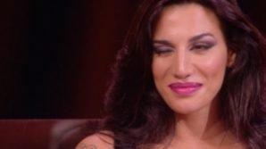 Grande Fratello 15: occhiolino sospetto di Patrizia Bonetti sul caso coca-gate durante la diretta