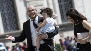 """Il neo ministro della famiglia e disabilità, Lorenzo Fontana: """"Famiglie gay non esistono, più figli, meno aborti"""""""