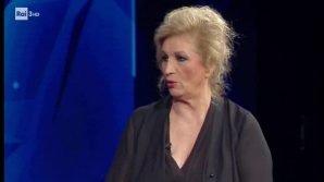 """Cartabianca, Iva Zanicchi ammette di non sentire Berlusconi da 4 anni: """"Non sono come Mike Bongiorno"""""""