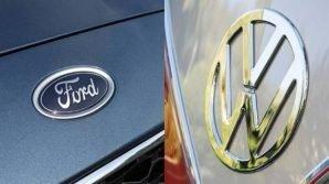 Volkswagen e Ford firmano la collaborazione, si inizia dai veicoli commerciali