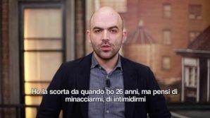 """Roberto Saviano risponde a Salvini: """"Buffone, sei il Ministro della malavita"""""""