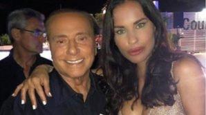 Incontra Silvio Berlusconi e pubblica una foto con lui. Insulti choc e volgarità ad Antonella Mosetti