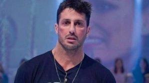 Sesso in cella con i detenuti: Fabrizio Corona confessa in esclusiva se ha avuto rapporti con i carcerati