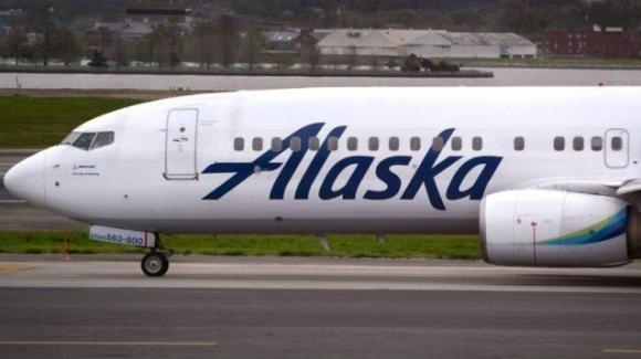 USA: coppia gay è stata divisa sull'aereo per lasciare spazio a due eterosessuali