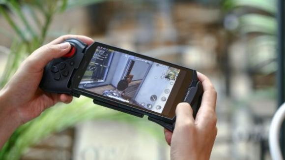 Doogee S70, un battery phone da gaming anche rugged