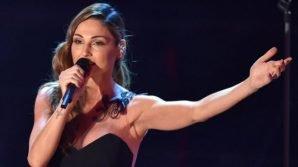 Anna Tatangelo nella bufera: molestie sessuali al suo concerto
