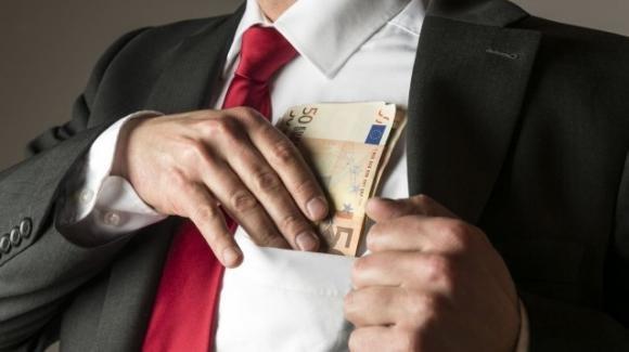 Lavoro nero: coinvolti 1,5 milioni di italiani, mentre lo Stato perde 20 miliardi di euro