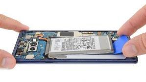 Samsung Galaxy Note 9 'delude': secondo iFixit, riparare il phablet sarà un'impresa