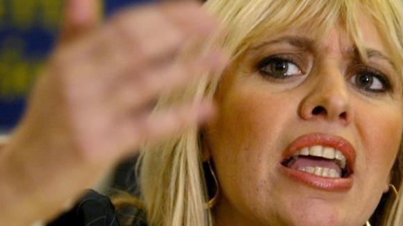 """Immigrazione. Alessandra Mussolini attacca il Papa: """"Mettili in Vaticano, ogni vescovo se ne prenda uno e se lo coccoli"""""""