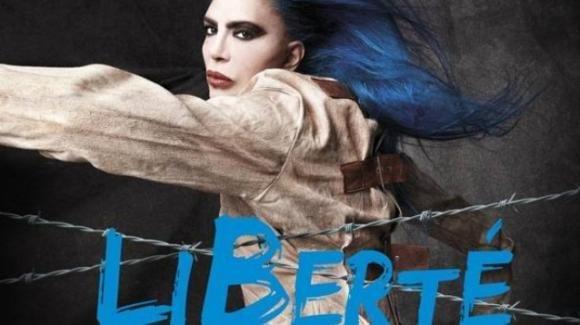 """Il nuovo album di Loredana Bertè, in copertina con la camicia di forza: """"Ricordo di un ricovero psichiatrico"""""""