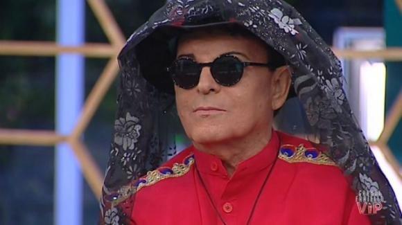 Cristiano Malgioglio potrebbe varcare nuovamente la porta rossa del Grande Fratello Vip 3