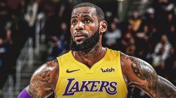 Nba, i Los Angeles Lakers volano nelle quote grazie a LeBron