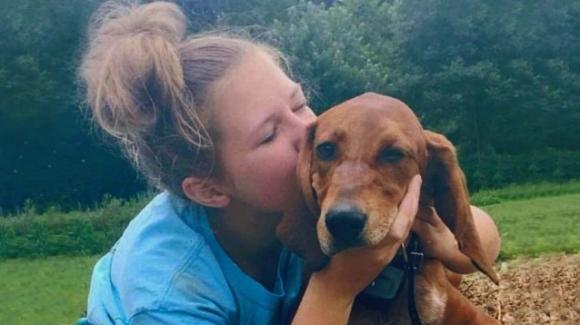 Ragazzina insegue il suo cane e vengono investiti, saranno sepolti insieme
