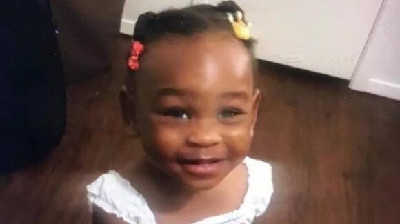 Texas, morta bambina di 2 anni: violentata, picchiata, e uccisa dalla madre e dal suo compagno