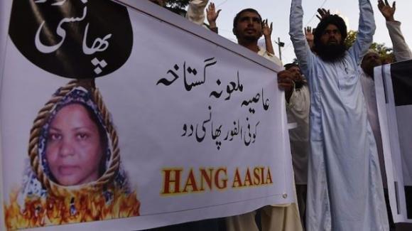 """Appello del marito di Asia Bibi all'Italia: """"Aiutateci a lasciare il Pakistan"""""""