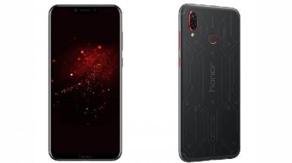 Honor Play Player Edition, ufficiale in Italia il nuovo gaming phone con design inciso a laser