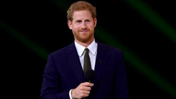 È il Principe Harry il membro della famiglia reale più amato dagli inglesi
