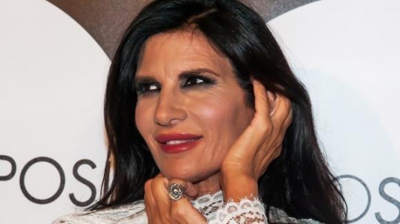 """Pamela Prati, la rivelazione shock che nessuno si aspettava: """"mamma"""" a 60 anni"""