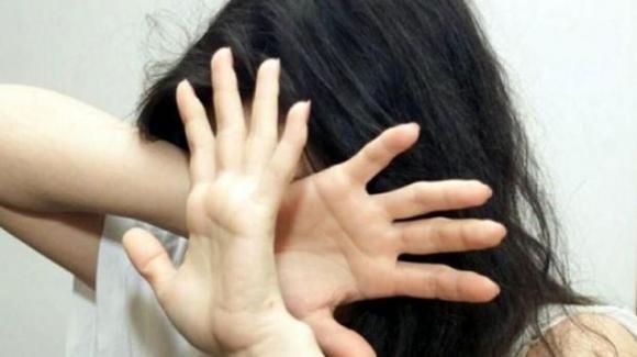 Violenza sulle donne:  in Italia ogni 3 giorni un uomo uccide una donna