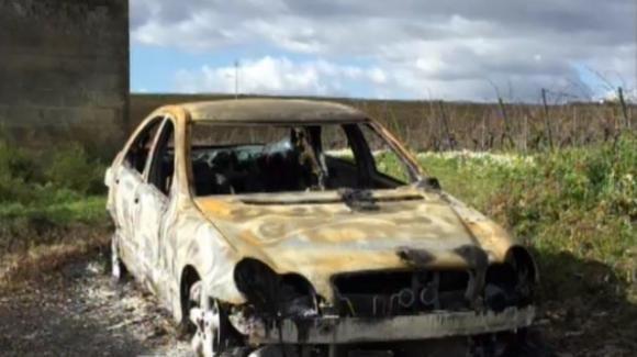 Trapani, non si presenta il giorno delle nozze: trovata l'auto con cadavere carbonizzato