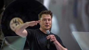 La Space X di Elon Musk taglierà il 10% dei lavoratori, per un totale di 600 dipendenti
