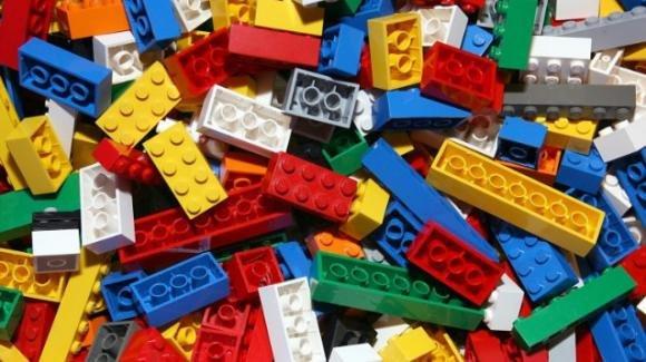 I mattoncini Lego fanno guadagnare 600 volte il prezzo di acquisto: guadagni maggiori anche dell'oro