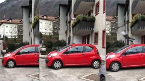 Bolzano: litiga con passante e per sputargli cade dal balcone