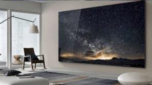 """Samsung mostra al pubblico la nuova impressionante TV da 219 pollici: si chiama """"il Muro"""""""