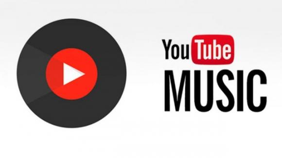 Su YouTube Music si possono aggiungere altre playlist o album completi, mentre Play Music litiga con gli speaker esterni