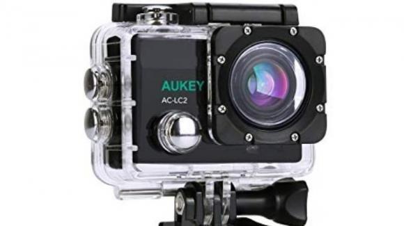 Aukey AC-LC2: action camera con Wi-Fi, accessori, e telecomando wireless