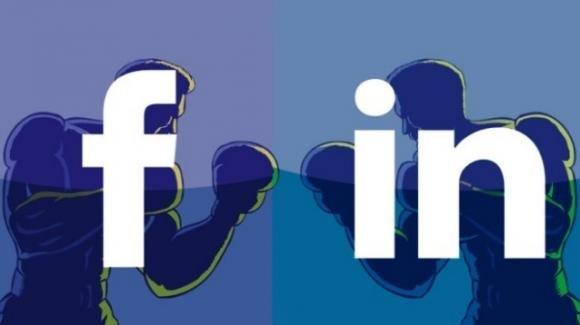 Facebook viola la privacy del numero di telefono per l'autenticazione bifattoriale. Linkedin sospende le notifiche delle menzioni